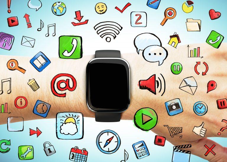 Sporthorloge smart watch activity tracker verschillen