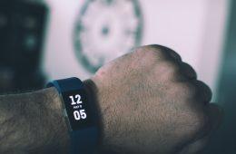 Hoe Fitbit updaten