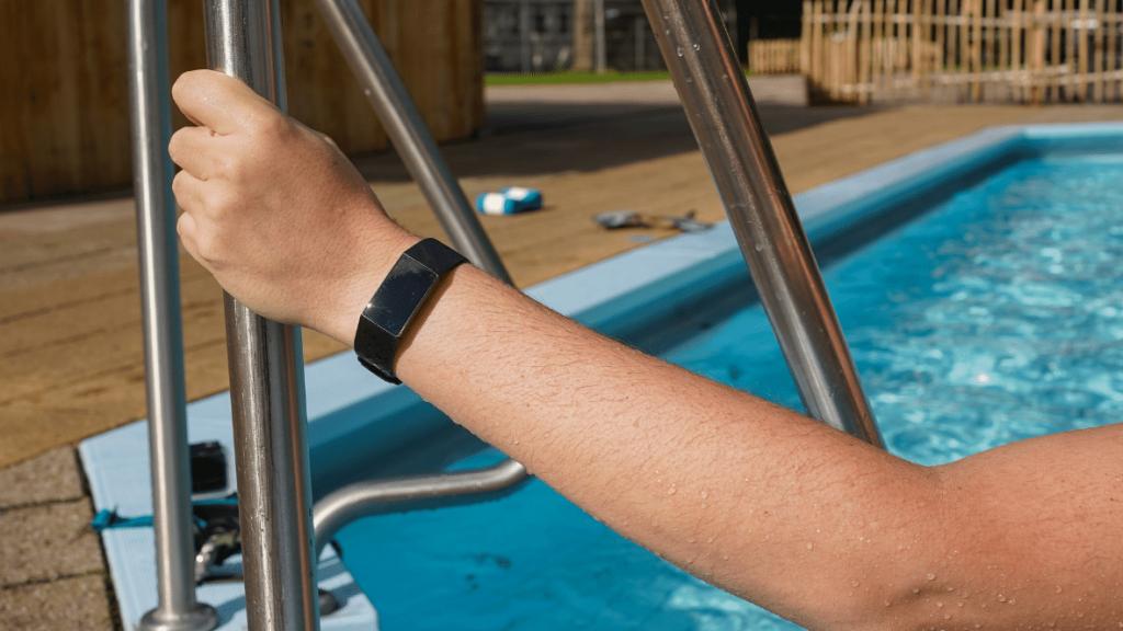 Zwemmen met Fitbit Charge 4