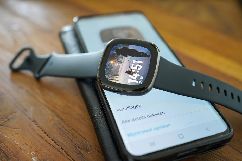Fitbit Sense afbeelding foto als wijzerplaat